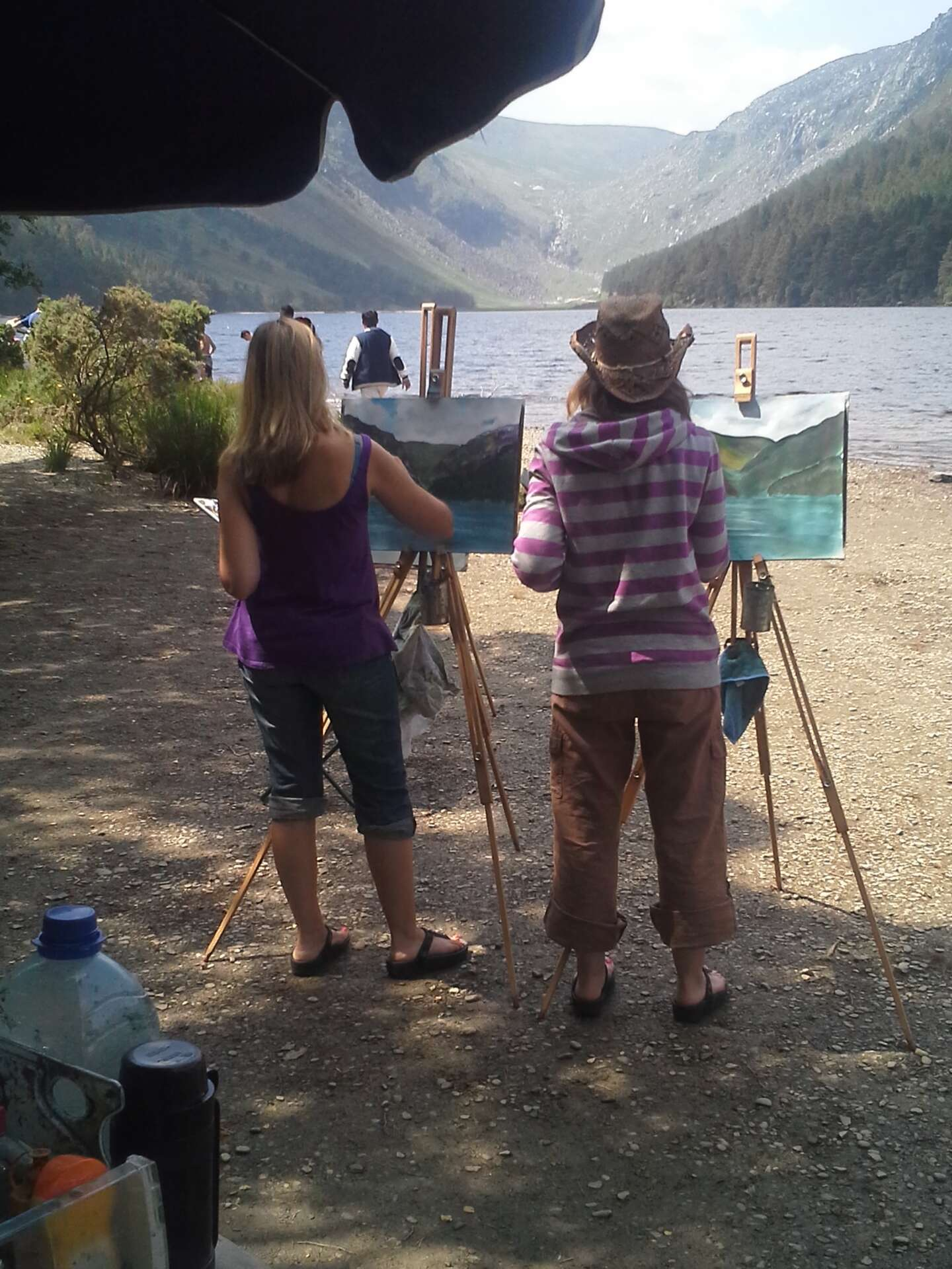 Outdoor Painting Workshop #3, painting on the shores of the Upper Lake.Outdoor Painting Workshop #3, on the shores of the Upper Lake.