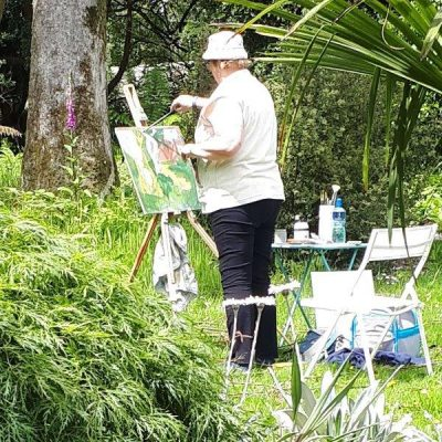 "Photo os student ""plein air"" set up at the July Painting Workshop from 2019."
